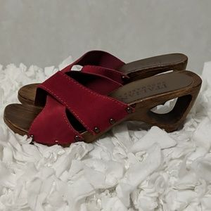 Italian Shoemakers Wood Sandals Cut Out Heel